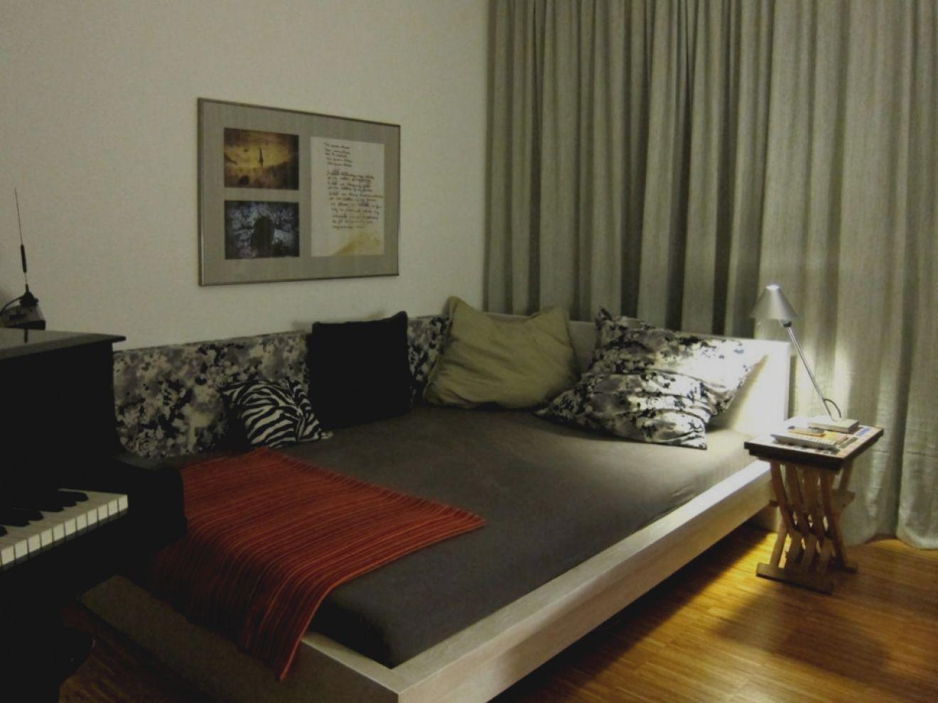 bett im wohnzimmer ideen Couch, Room, Home decor