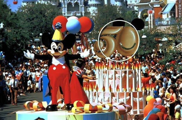 1978 This Is How Much Disneyland Has Changed In 60 Years Disneyland Disneyland 60th Vintage Disneyland