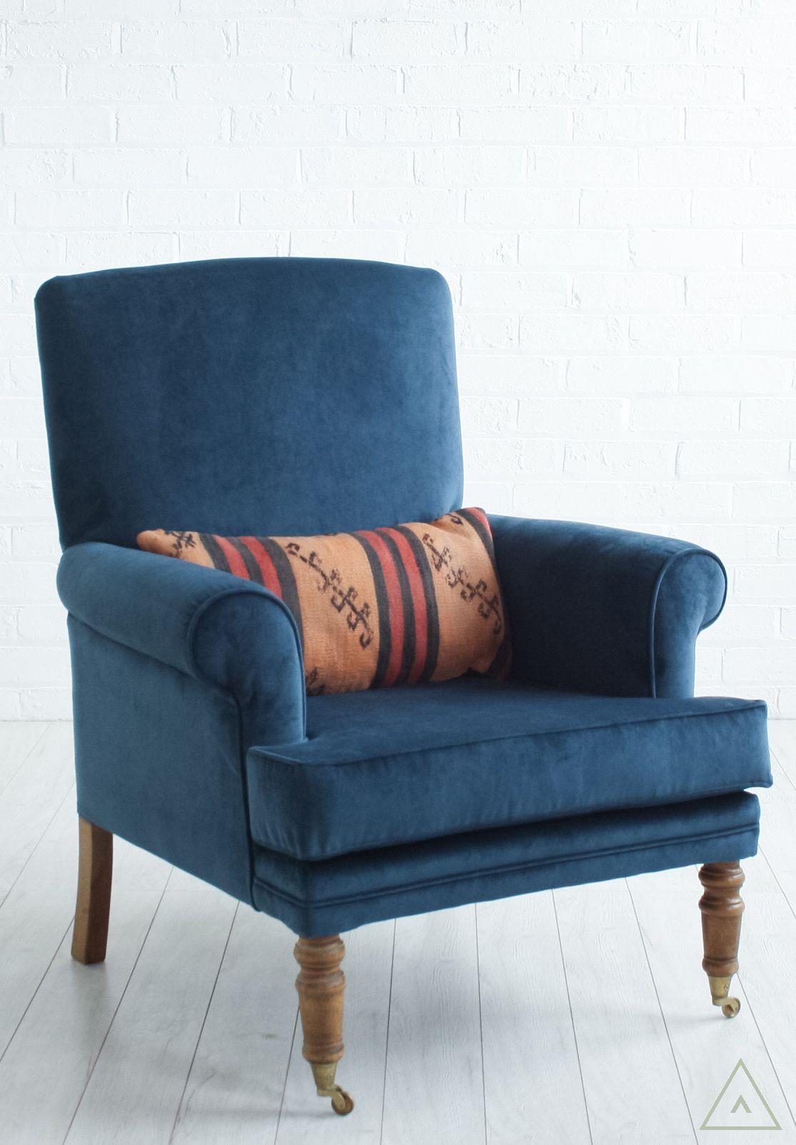vintage dark blue velvet upholstered armchair explore interior rh pinterest co uk