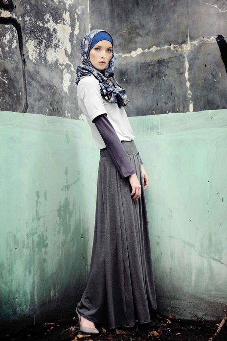 Islamic Fashion, simple and modest