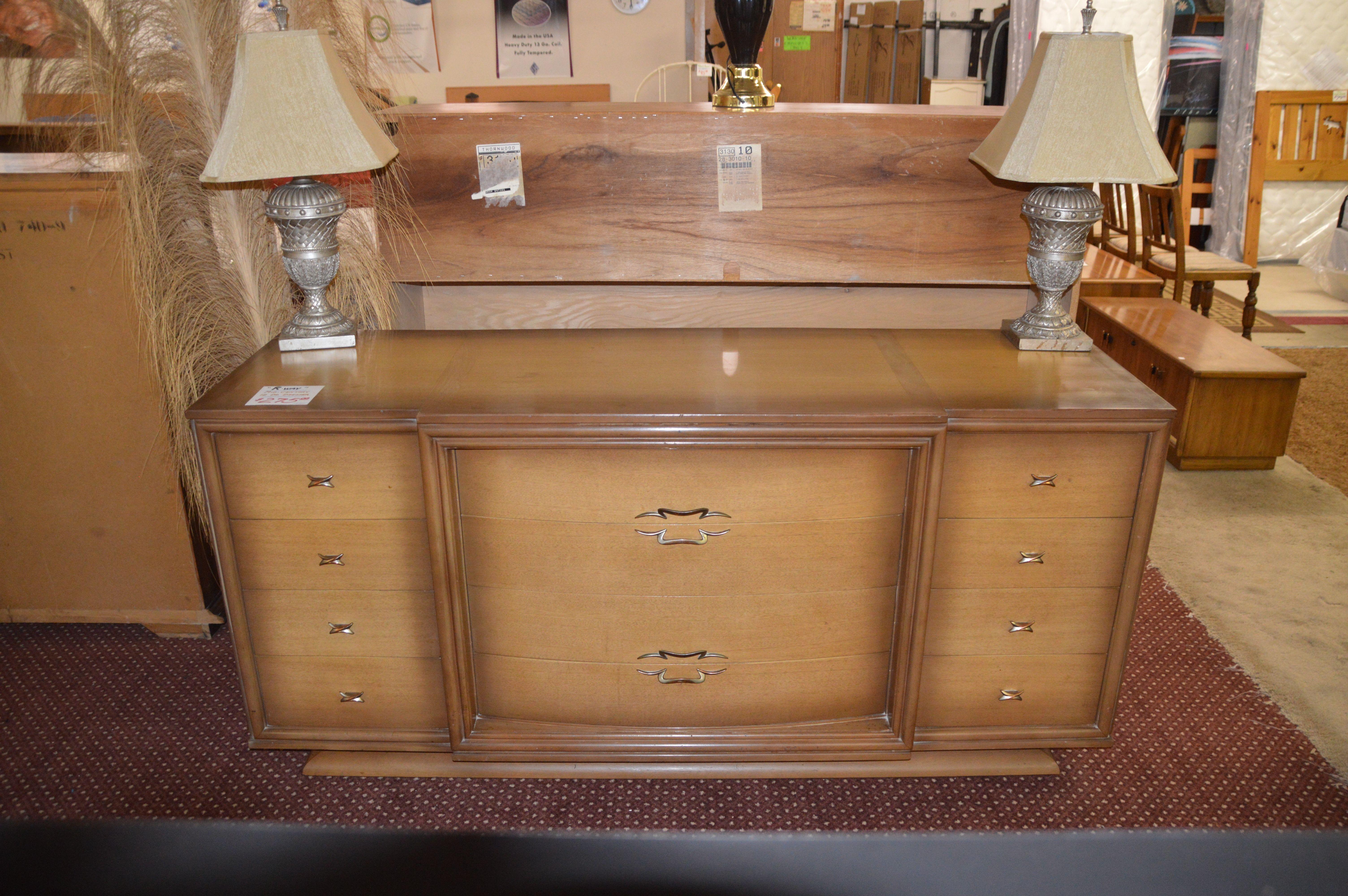 Beautiful Mid Century Dresser
