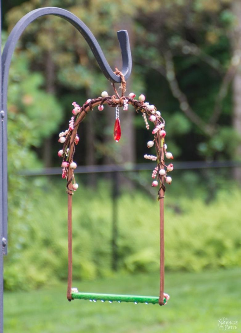 DiY Hummingbird Perch | How To Make A Hummingbird Swing From Copper Pipe |  TheNavagePatch.