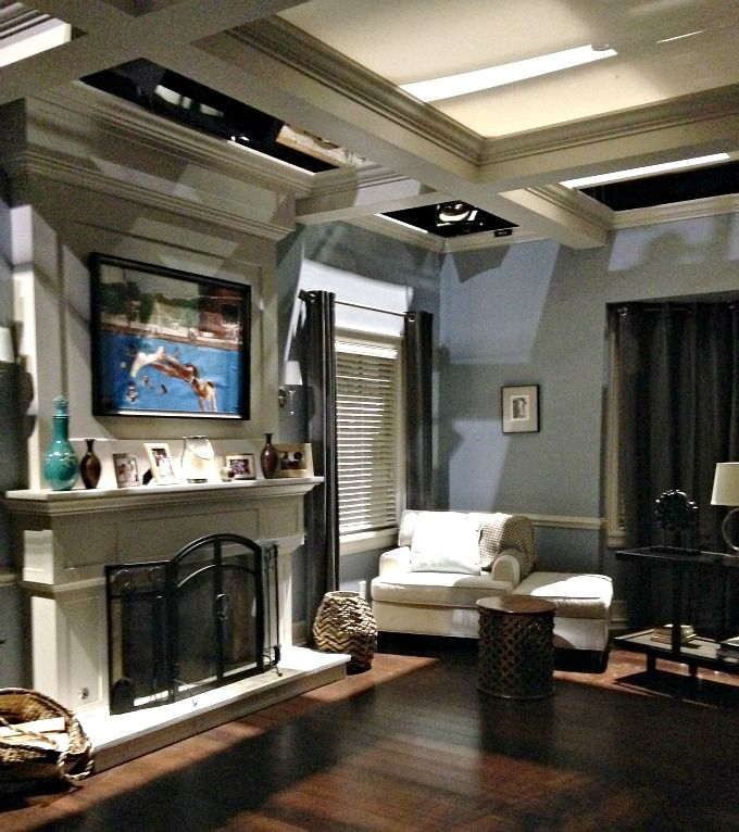 Pin By Nichelle Dantzler On Home Life In 2020 House Home Blackish