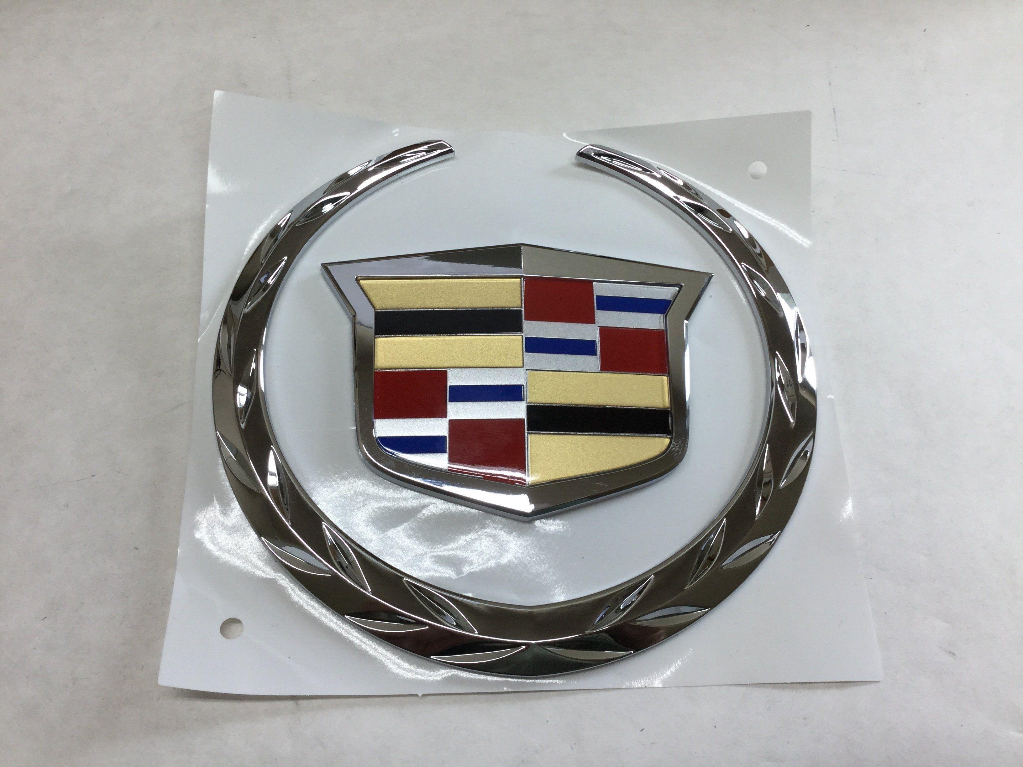New 2007 2014 Cadillac Escalade Grille Emblem Wreath Crest Chrome
