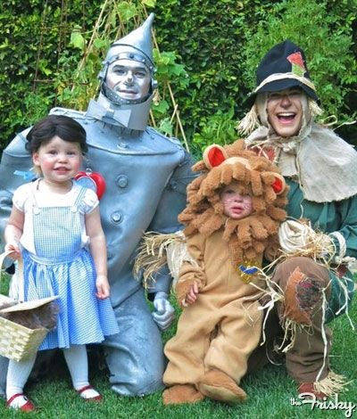 Celebrity Gossip Relationship Advice Beauty and Fashion Tips @. Family Halloween CostumesHalloween ...  sc 1 st  Pinterest & Costumes for all the family including twins shared by www ...