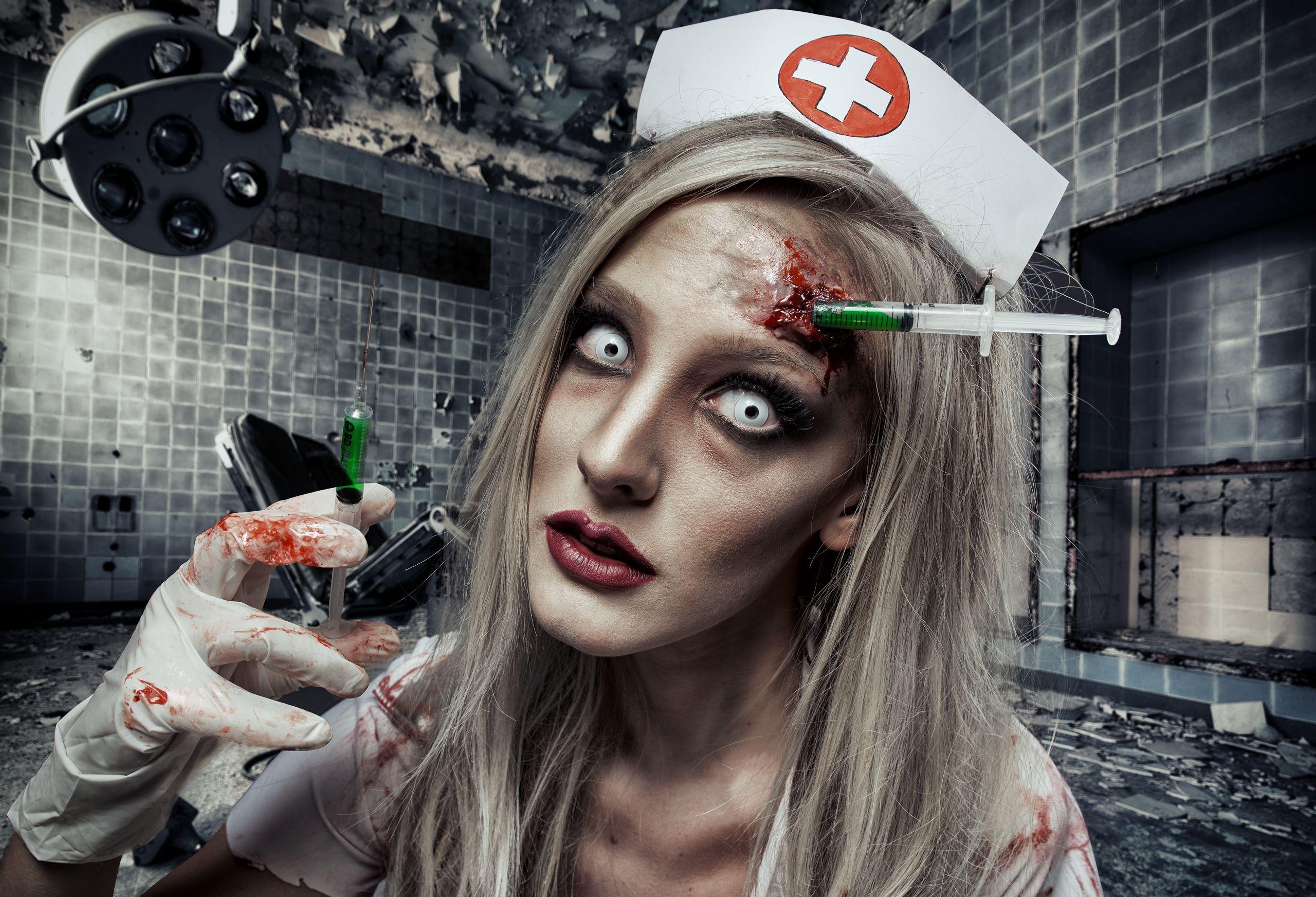 62b8efdf96667 Dead nurse halloween makeup tutorial | Halloween Costumes ...