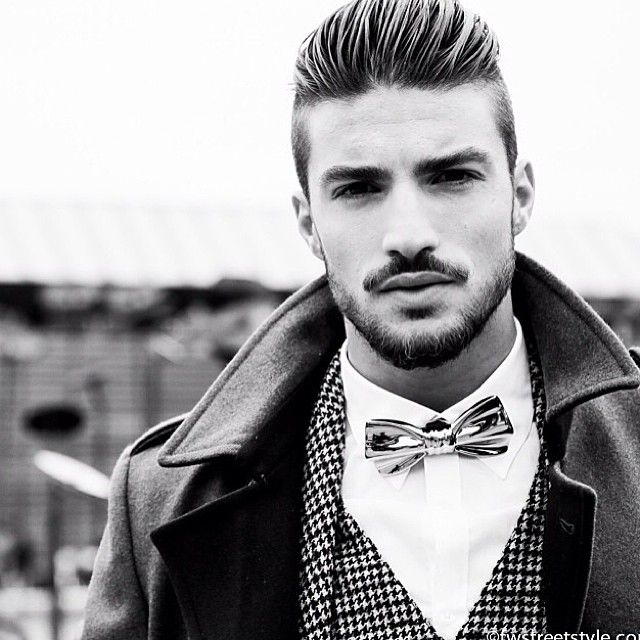 Liking this bow tie on Mariano Di Vaio.