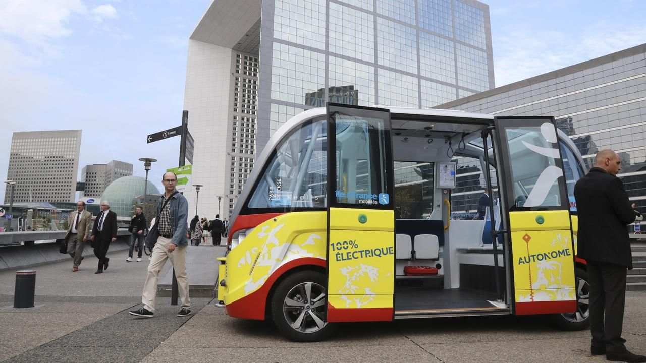 Berita Internasional Swedia Uji Coba Bus Tanpa Sopir