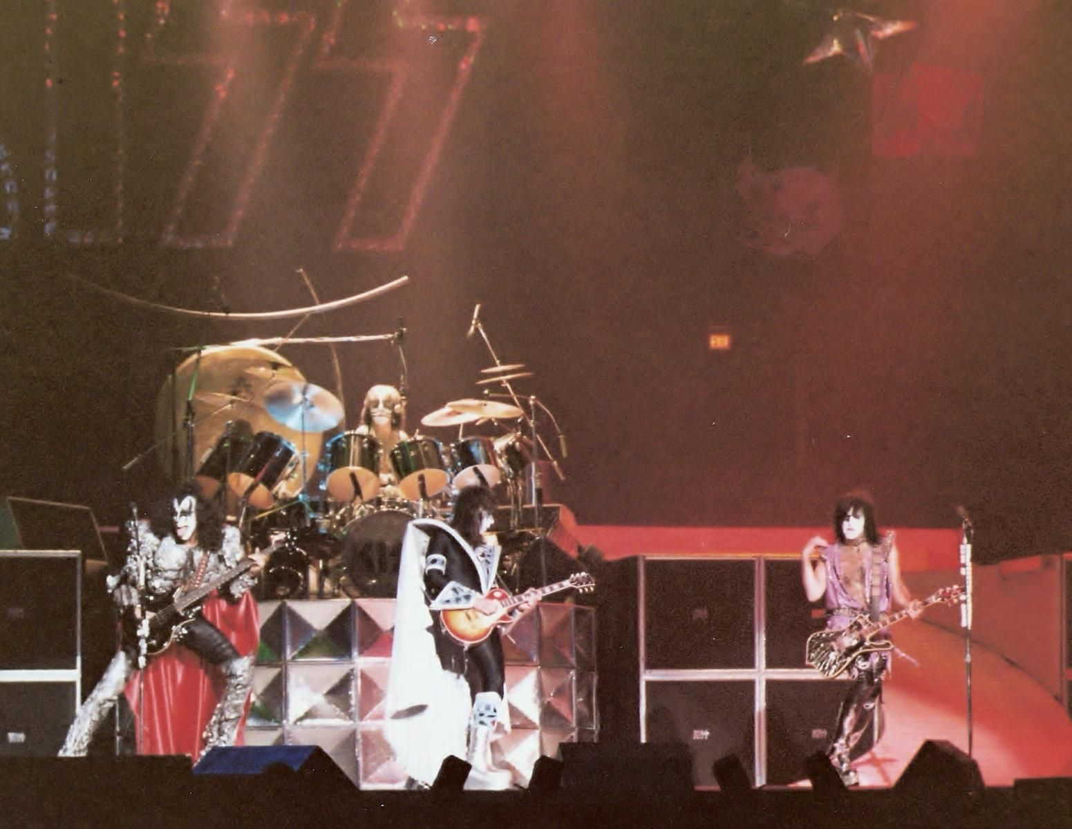 kiss tour 1979   Direct link to this image file