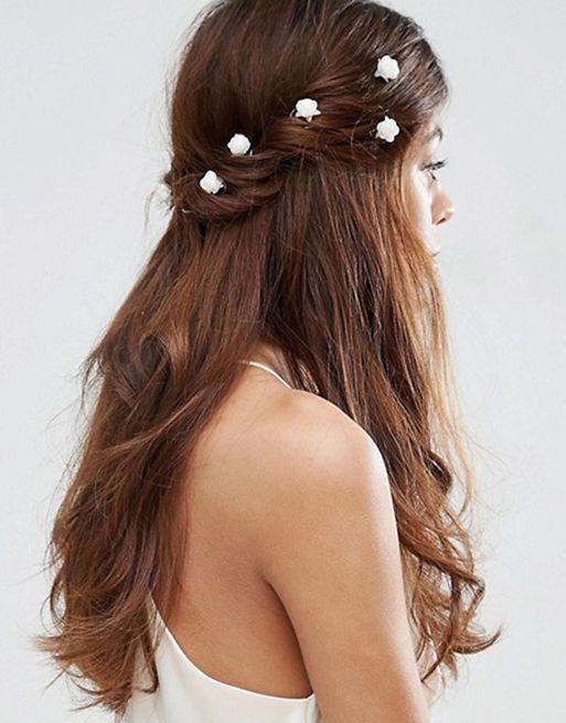 Sposa: 17 accessori per capelli low cost che ti risolvono la vita