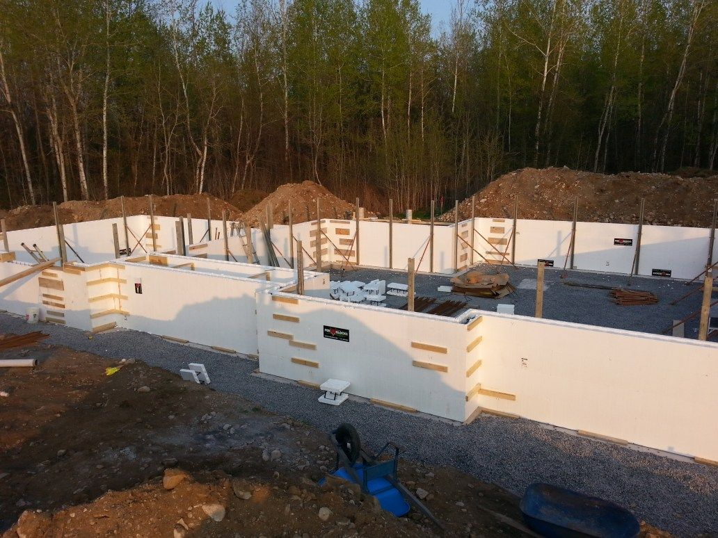 How To Build A House A House Construction Schedule For Owner Builders Home Construction Building A House Craftsman Style Kitchens