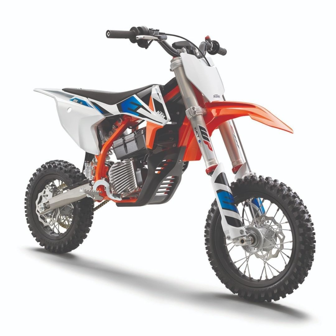 KTM officially launches its SXE 5 Junior Emodel ktm