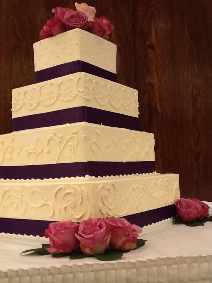 Wedding Cake Of The Month By Michelle S Bakery Redlands Https Aboutredlands