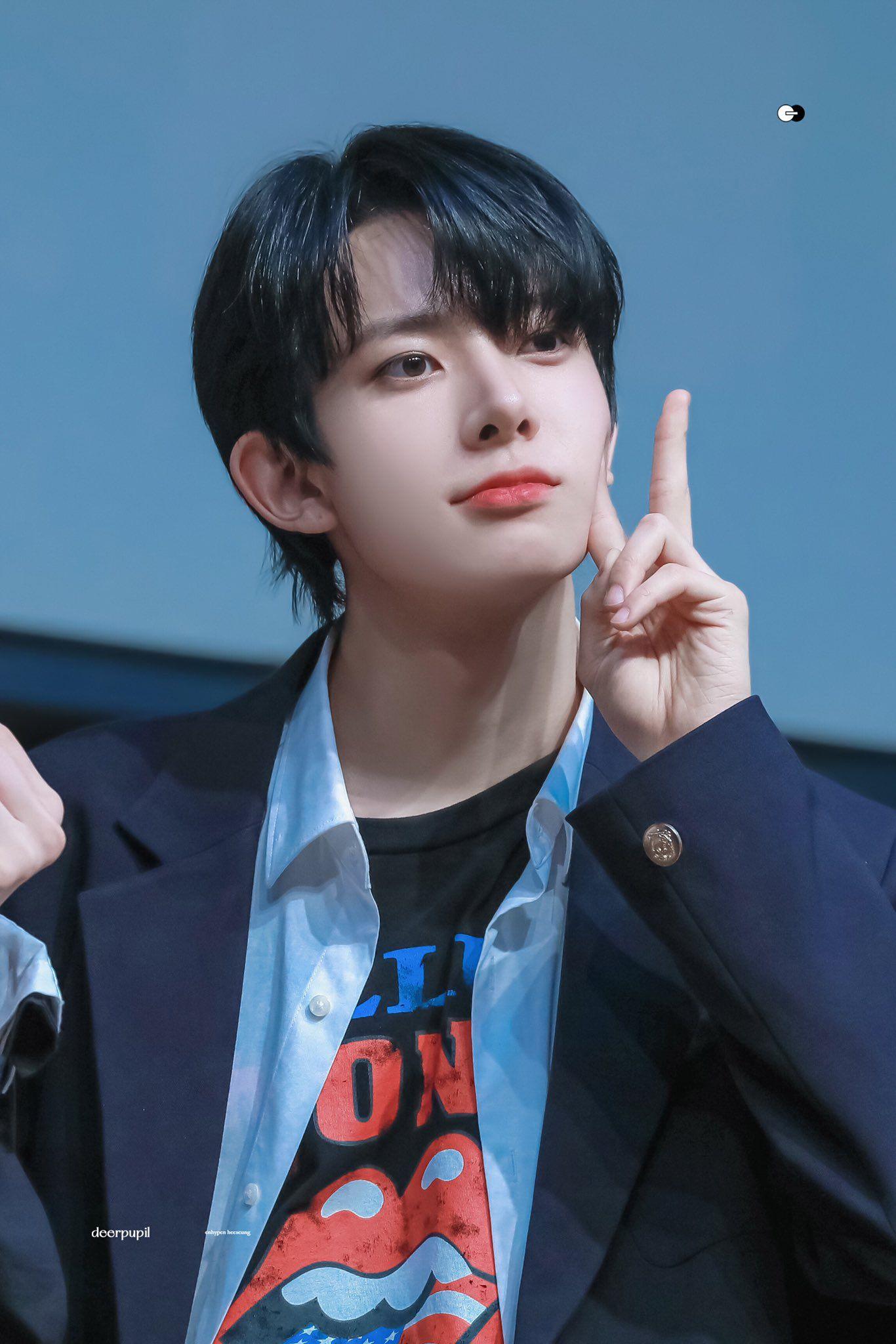 210509 Deerpupil 1015 In 2021 Boyfriend Pictures Boyfriend Material Fandom Kpop