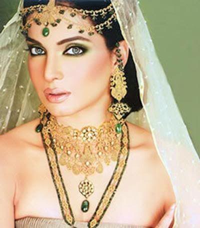 Aamina Haq (GORGEOUS)