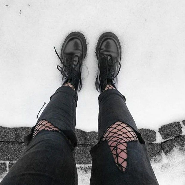 efe3cecb985 Photo by  emilybcm • • •  grunge  palegrunge  softgrunge  darkgrunge ...