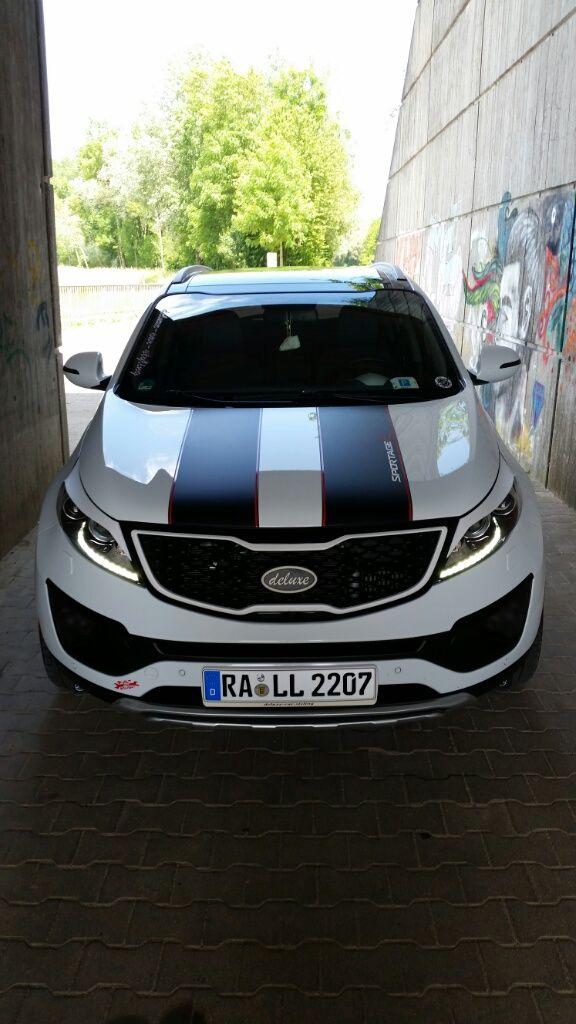 Tricked Out Kia Sportage Featuring A Wide Number Of Accessories Photos Kia Sportage Accessories Sportage Kia Sportage