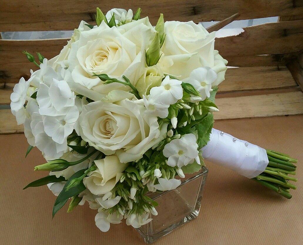 Brautstrauss  weiss er Phlox und Rose Avelanche