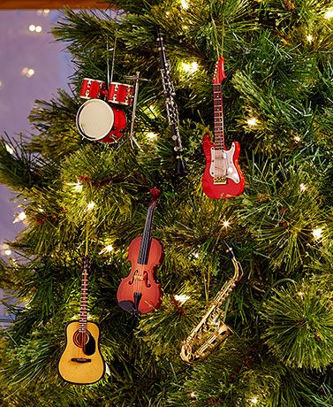The realistic Handcrafted Musical Instrument Ornament is the perfect gift  for the musician in your life. Whether you just started playing this year  or have ... - Handcrafted Musical Instrument Ornaments Cool Christmas