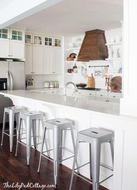 Wood Range Hood White Cottage Kitchens Kitchen Design