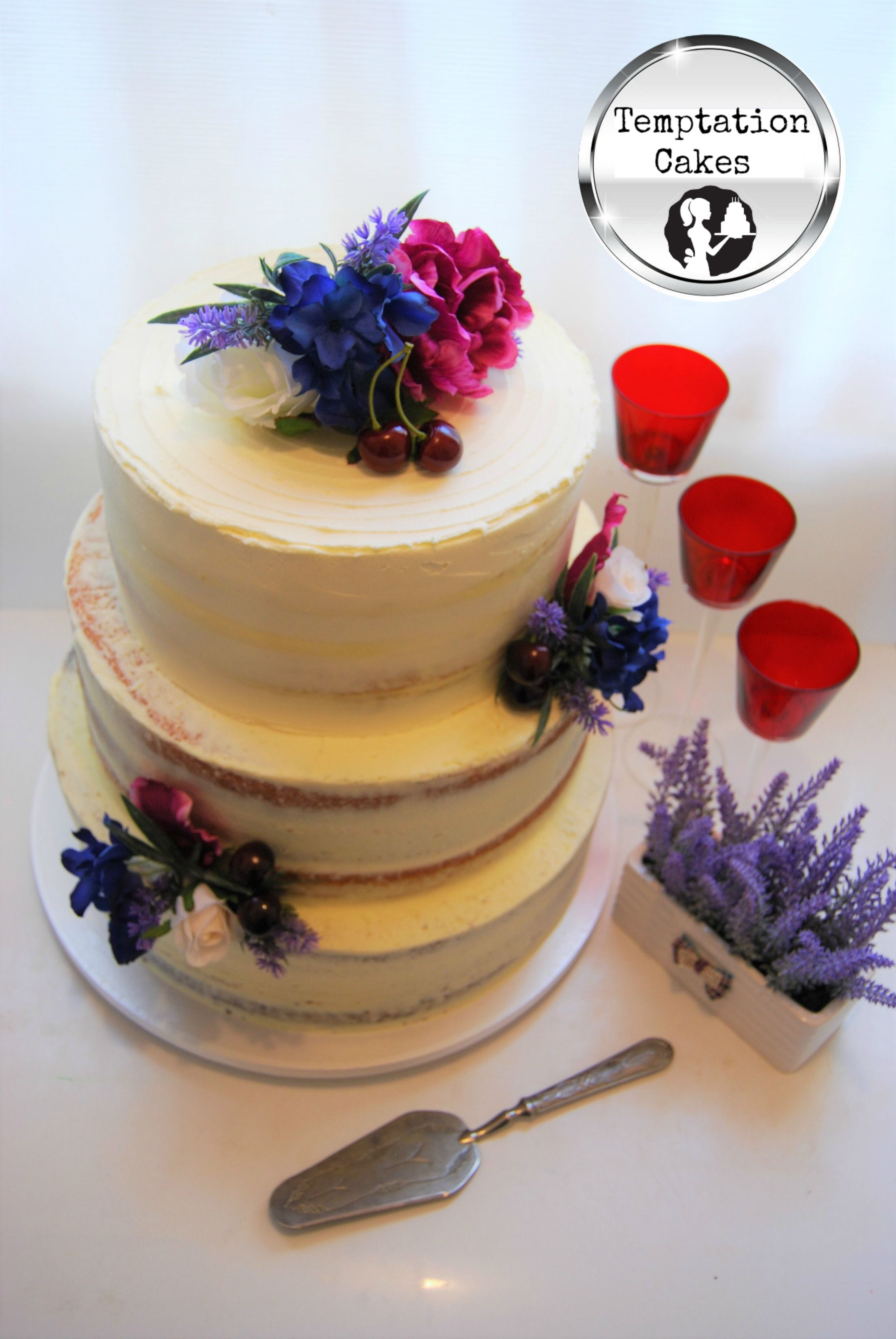 Semi Naked Wedding Cake Auckland 695 Cake Caters For 200 Pax And