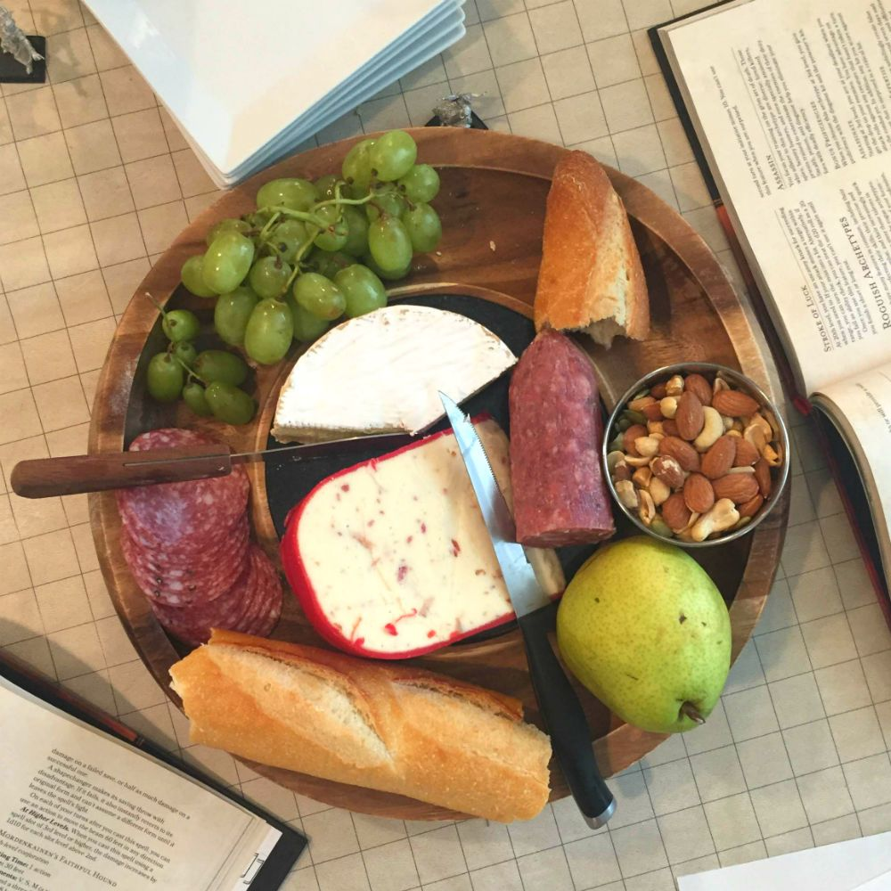 An Easy DnD-style Tavern Menu | Medival themed food ideas in