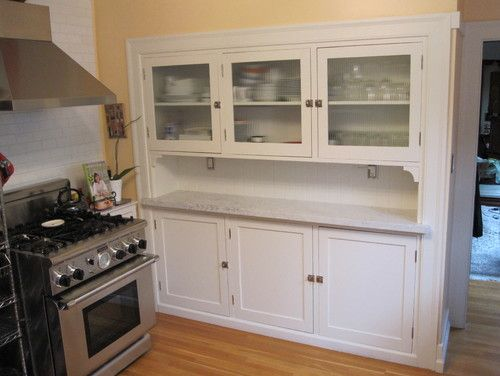 Kitchen Hutch With Reeded Gl Doors Traditional