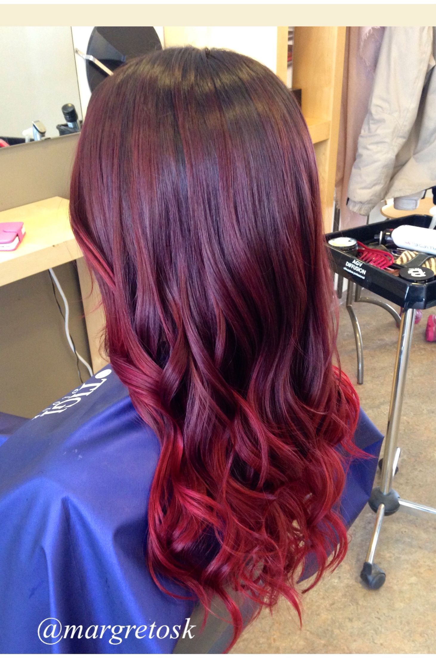 Red Ombre Dark Roots And Really Bright Ends One Of My Favorite Ombre Red Hair Dark Roots Balayage Hair Hair Styles