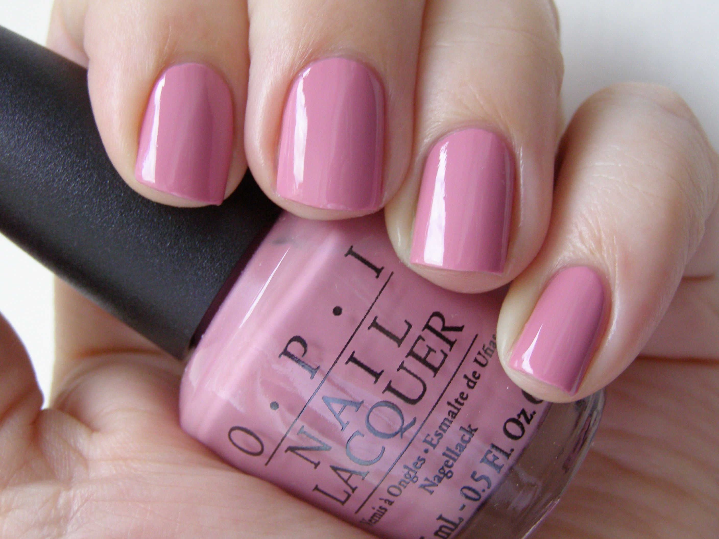 Pretty neutral pink. My favorite everyday nail color. OPI Sparrow Me The Drama