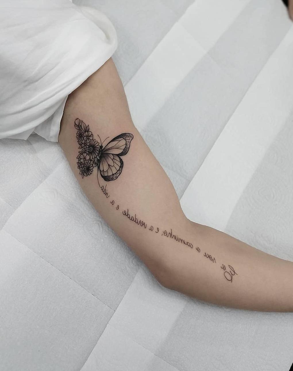 35 Inspiring Arm Tattoo Design Ideas for Women 2020 in