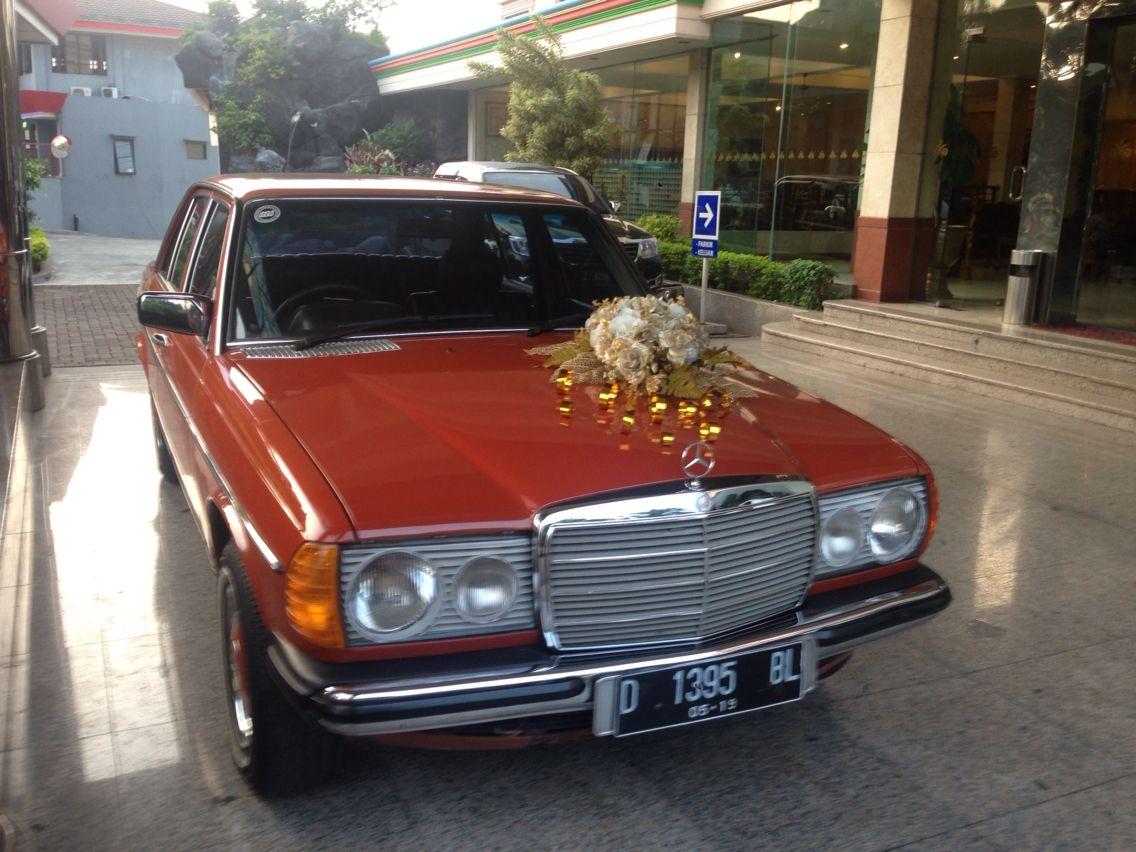 W123 wedding car