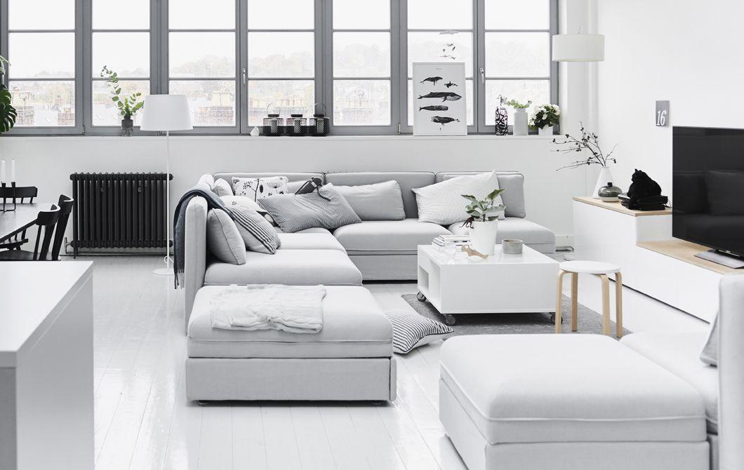 Plafoniere Moderne Ikea : Un divano componibile per uno spazio dove socializzare ikea