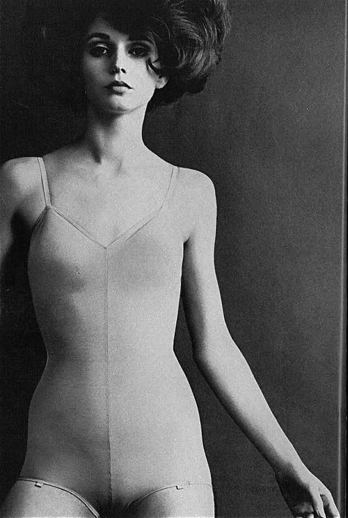 Helmut Newton, Vogue UK, 1965