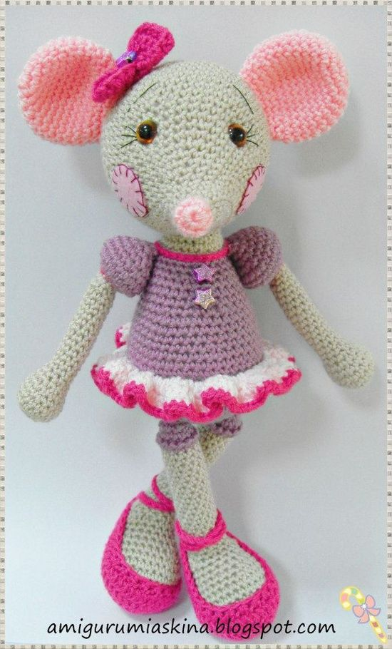 download a FREE pattern every day.   AMIGURUMI : le monde animal ...