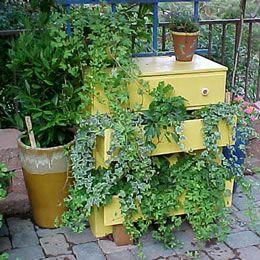 DIY... Recycled Dresser
