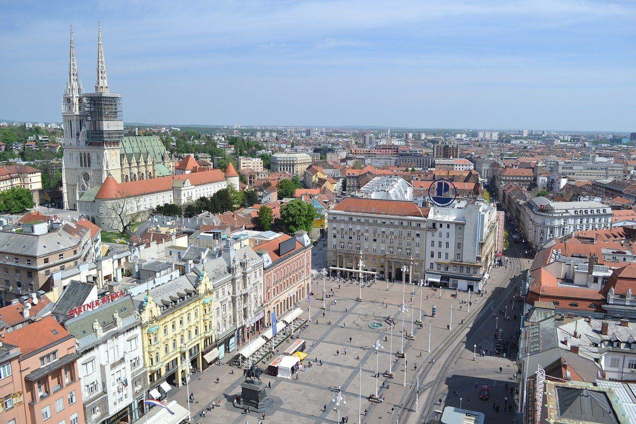 Roteiro Em Zagreb O Que Fazer Em 2 Dias Na Capital Da Croacia Https Www Queroviajarmais Com Roteiro Em Zagreb Zagreb O Turista Ponto Turistico