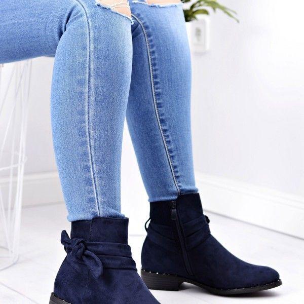 00d9e922ccc2 tmavo-modre-damske-clenkove-semisove-topanky-nizkom-podpatku-maslou-zips (1)