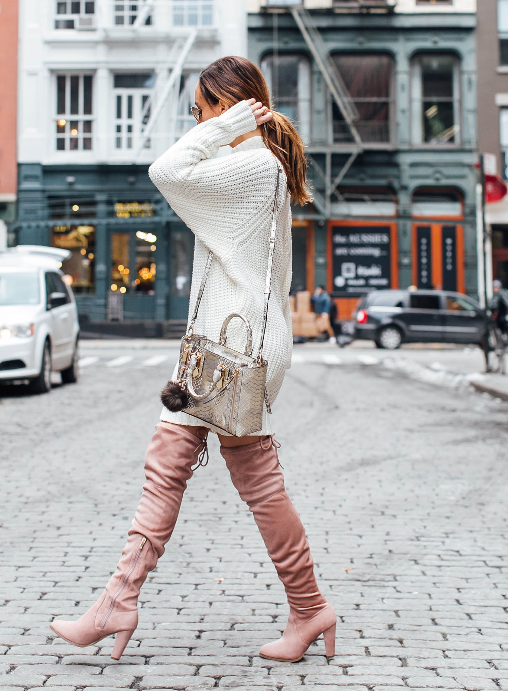 How To Dress Like a Supermodel Off-Duty in 3 Easy Steps - Sydne Style 1ba1a555bf