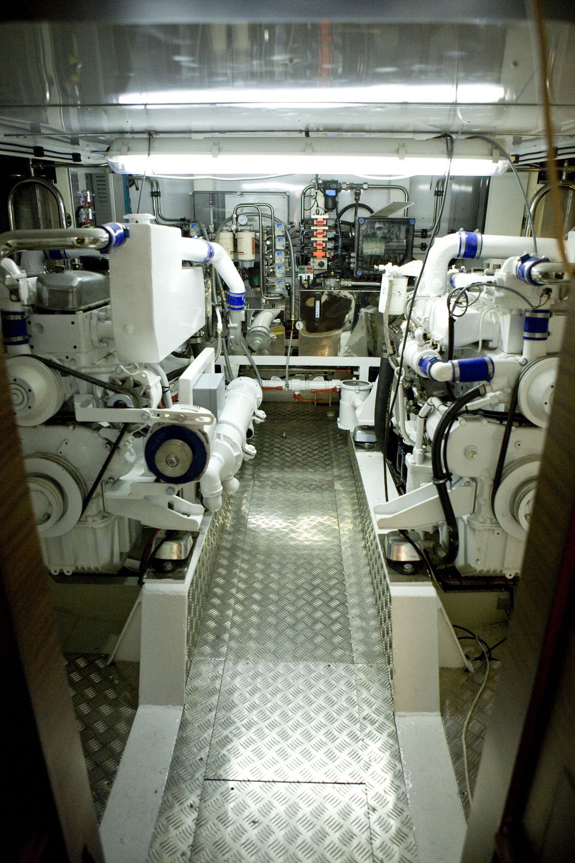 Trawler Engine Room: Yacht, Merchant Marine, Boat