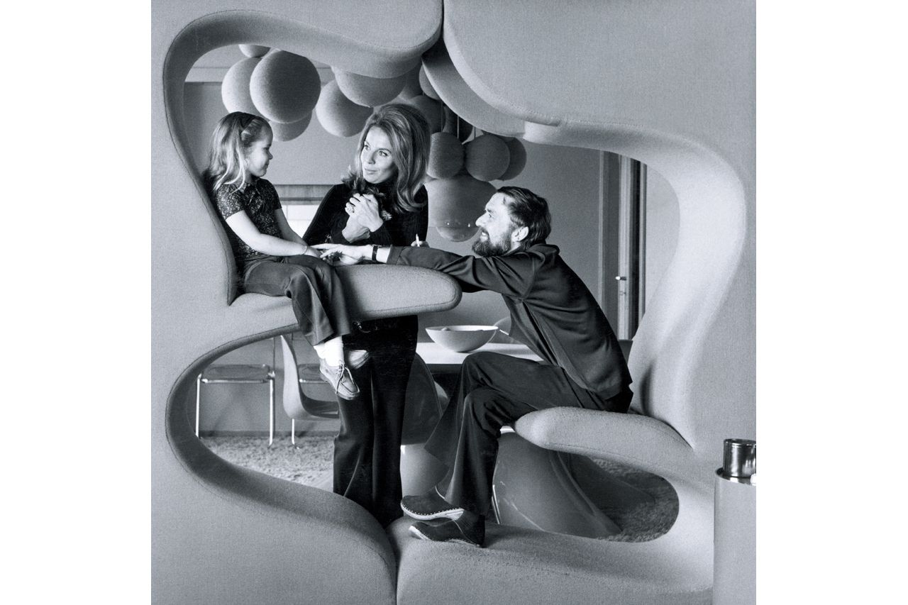 in 1970 the danish designer verner panton was. Black Bedroom Furniture Sets. Home Design Ideas