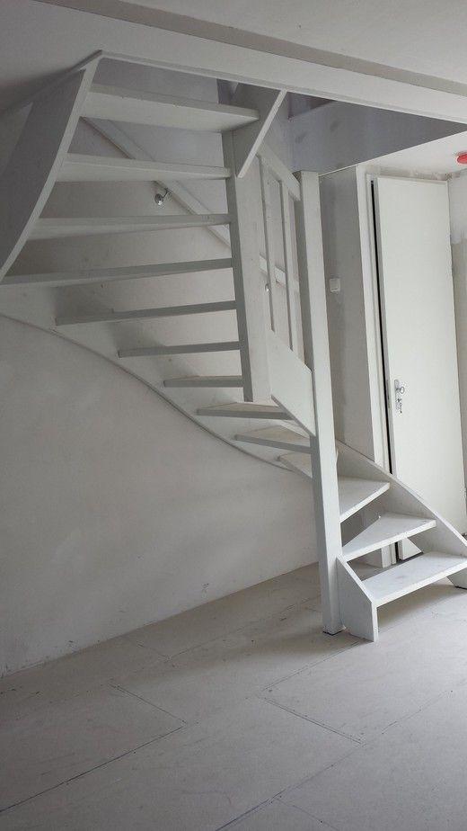 Bent u op zoek naar een vaste trap bijvoorbeeld naar een for Trap naar vliering
