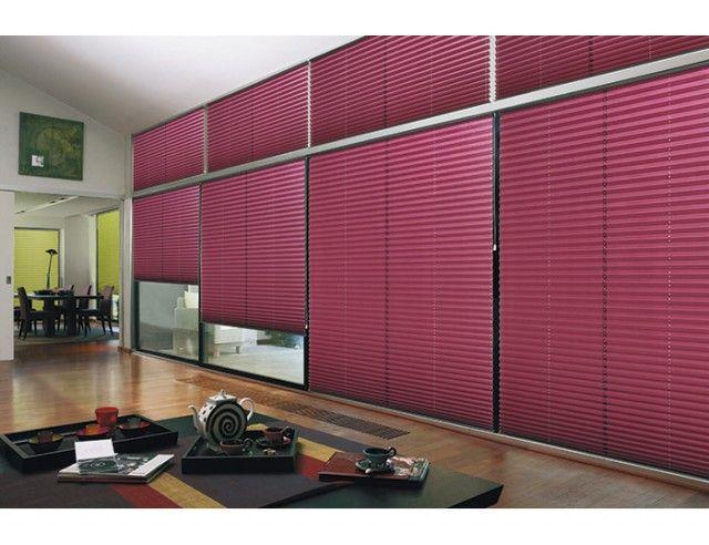 les stores pliss s s 39 adaptent parfaitement sur des grandes baies vitr es choisissez la couleur. Black Bedroom Furniture Sets. Home Design Ideas
