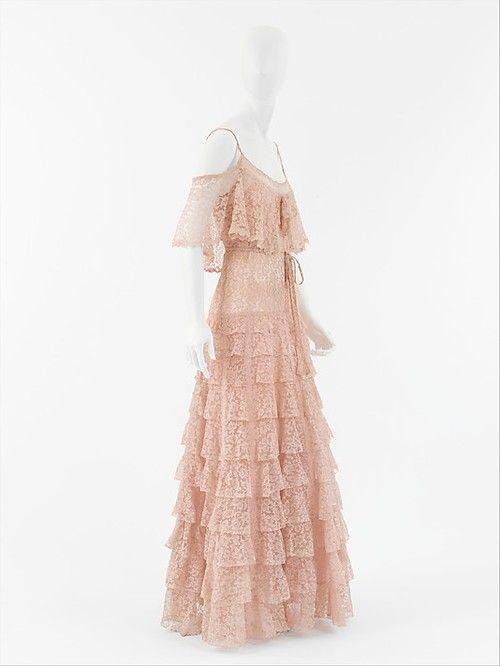 Evening Dress Coco Chanel, 1930 The Metropolitan Museum of Art - OMG that dress!