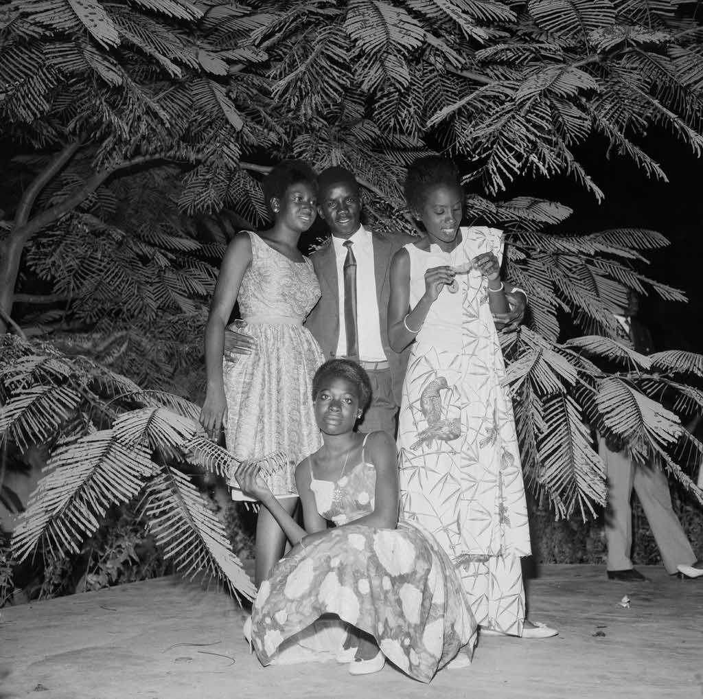 Malik Sidib - Soiree Mariage 1968 Malian Lifestyle 60 Lomography