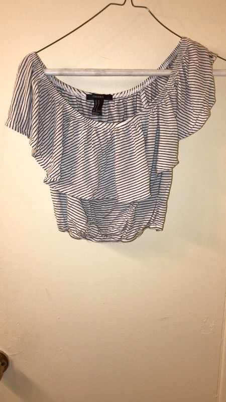 f8b429f9aa0fe Size 8   M for   4.00  http   www.vinted.com womens-clothing crop-tops  23370313-striped-forever-21-cropped-top.