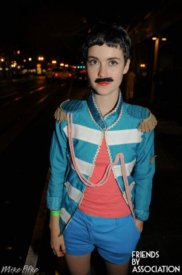Sgt Pepper Lonely Hearts Club Band Paul Mccartney Costume 38 00 Via Etsy Lonely Heart Sgt Peppers Lonely Hearts Club Band Beatles Fashion