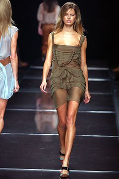 Alberta Ferretti | Spring 2003 Ready-to-Wear Collection | Style.com