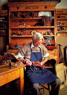 #ThrowBackThursday A look back at how Dubarry shoes were made in the old days. #handstitched #leather #Dubarry #shoemaker #TBT