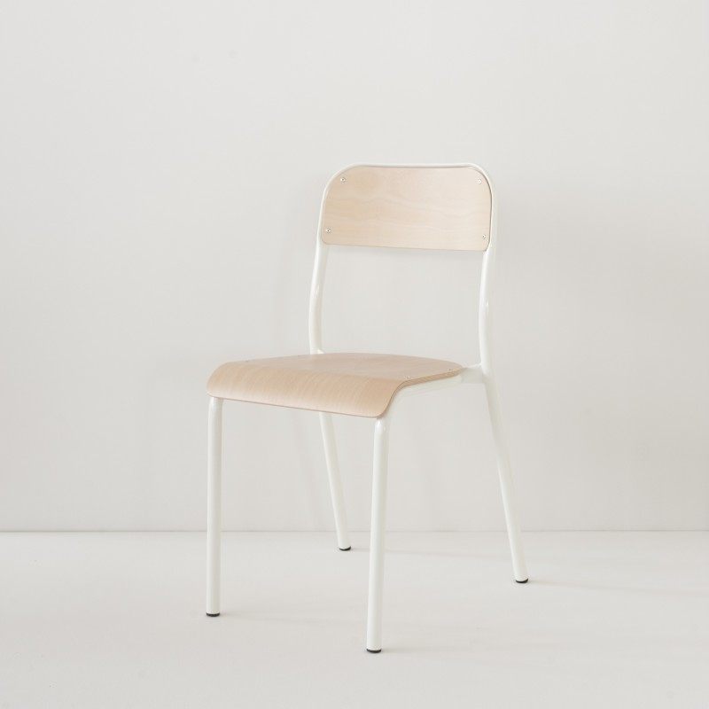 Chaise D Ecole Blanche Made In France Chaise Ecole Decoration Maison Decoration Interieure