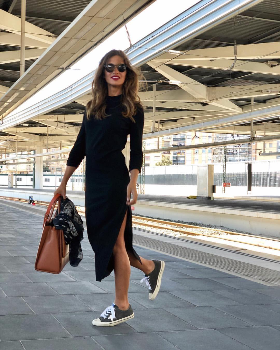 Alta Velocidad Deaquíparaallá Muévete Viajarentrenesdelomejor Grabandocositas Outfits Tenis Outfits Vestidos Fashion Clothes Women